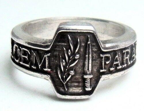 Römischer Ring mit   Motto Si vis pacem, para bellum